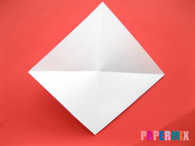 Как сделать круассан из бумаги (оригами) своими руками - шаг 1