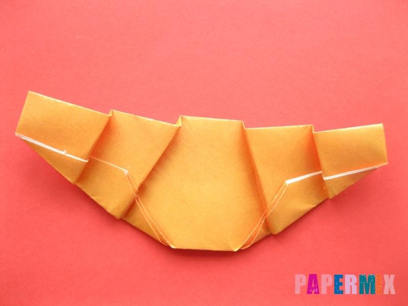 Как сделать круассан из бумаги (оригами) своими руками - шаг 8