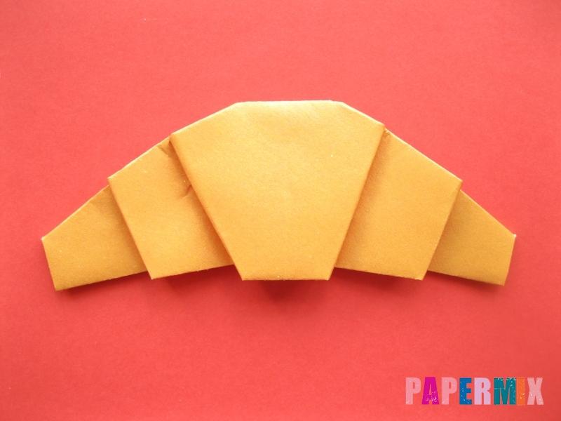 Как сделать круассан из бумаги (оригами) своими руками - шаг 9