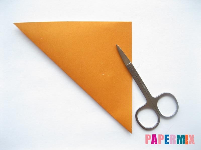 Как сделать морковку из бумаги (оригами) своими руками - шаг 2