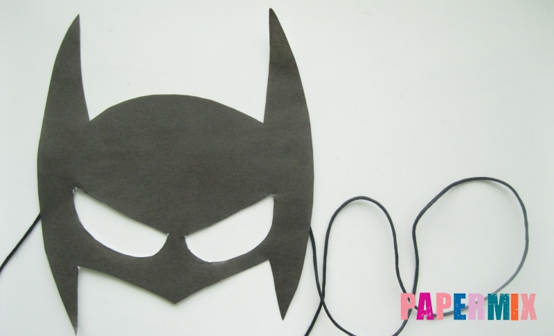 Как сделать маску Бэтмена из цветной бумаги своими руками поэтапно