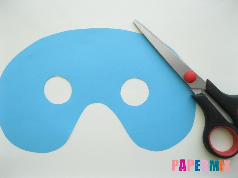 Как сделать маску Капитана Америки из бумаги своими руками - шаг 4