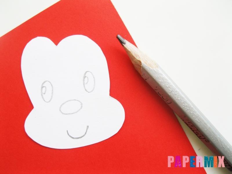 Как сделать Микки-Мауса из бумаги своими руками - шаг 7