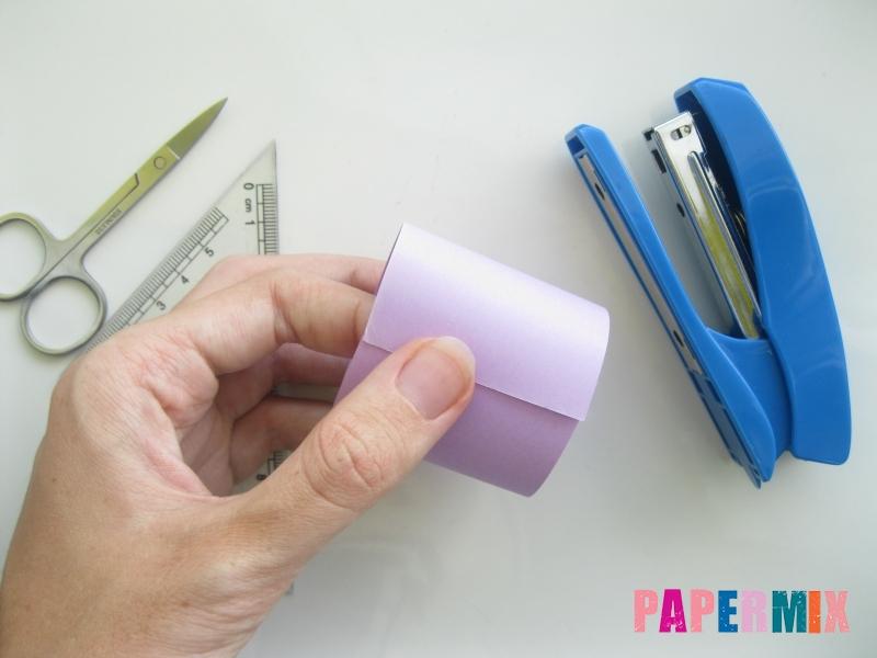 Как сделать объемного смешарика Ежика из бумаги своими руками - шаг 2