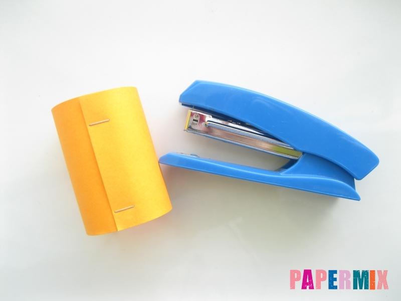 Как сделать объемного смешарика Копатыча из бумаги - шаг 3