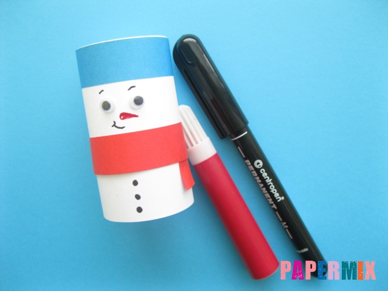 Как сделать объёмного снеговика из бумаги своими руками - шаг 10