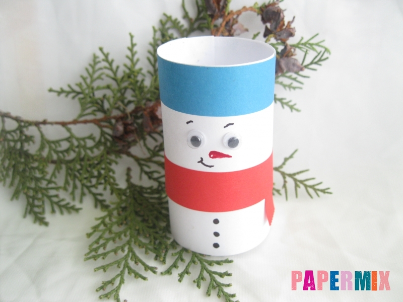 Как сделать объёмного снеговика из бумаги своими руками - шаг 11