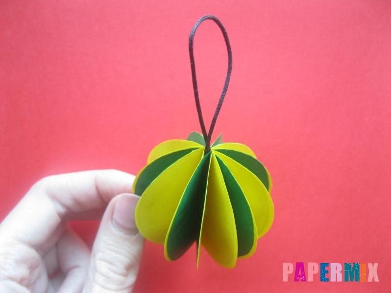 Как сделать объемный шар из бумаги на Новый год - шаг 12