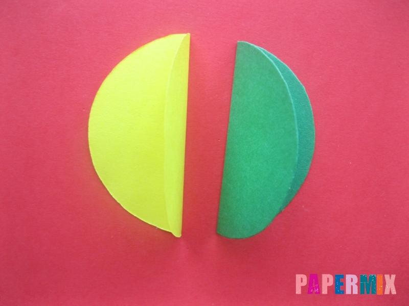 Как сделать объемный шар из бумаги на Новый год - шаг 5