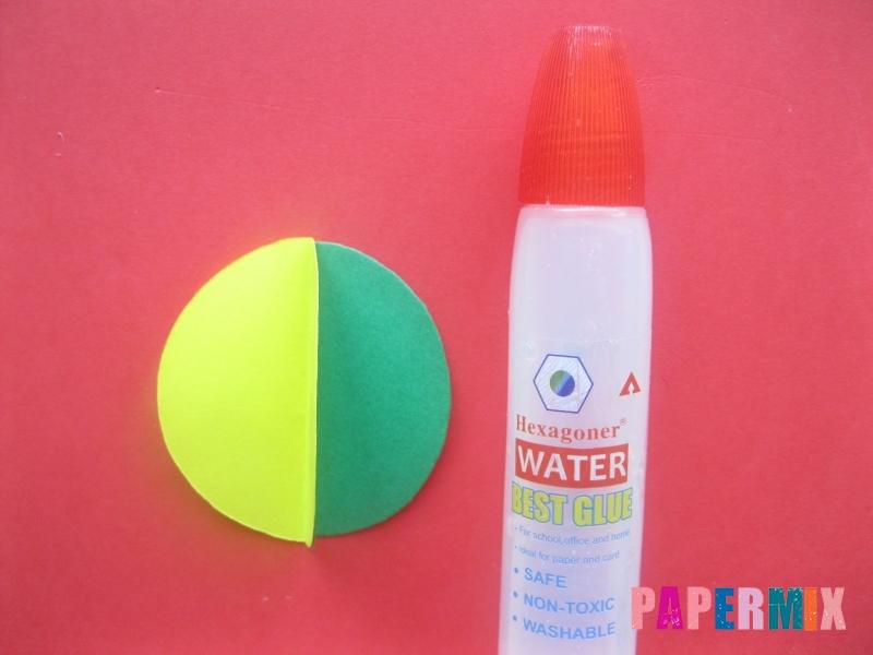 Как сделать объемный шар из бумаги на Новый год - шаг 6