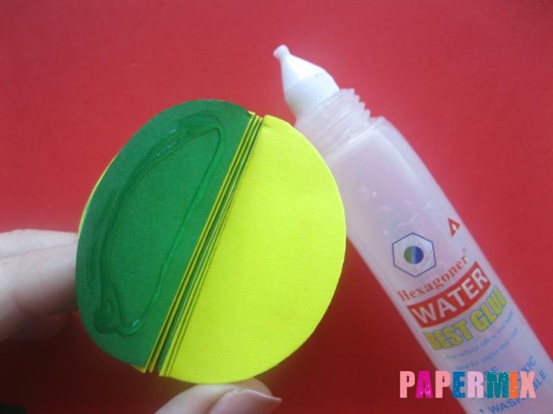 Как сделать объемный шар из бумаги на Новый год - шаг 9