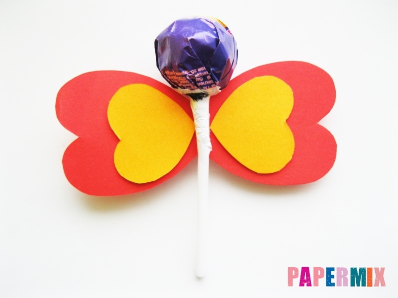 Как сделать бабочку из чупа-чупса ко дню святого валентина - шаг 6