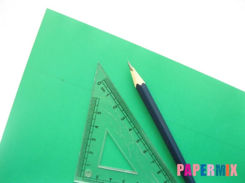 Как сделать бумажную гирлянду из елочек своими руками - шаг 1