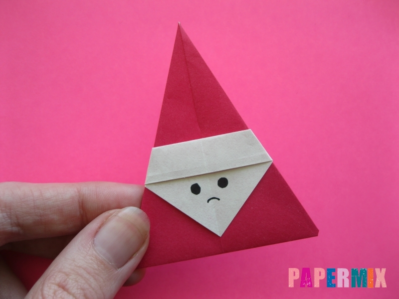 Как сделать Деда Мороза из бумаги (оригами) своими руками - шаг 11