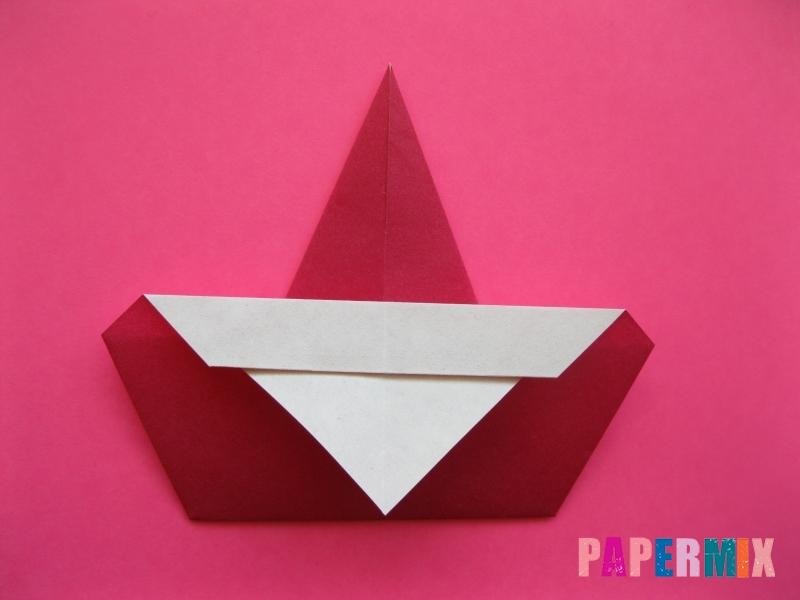 Как сделать Деда Мороза из бумаги (оригами) своими руками - шаг 8