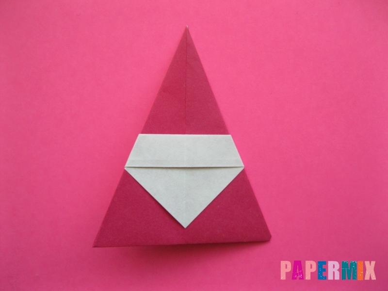 Как сделать Деда Мороза из бумаги (оригами) своими руками - шаг 9