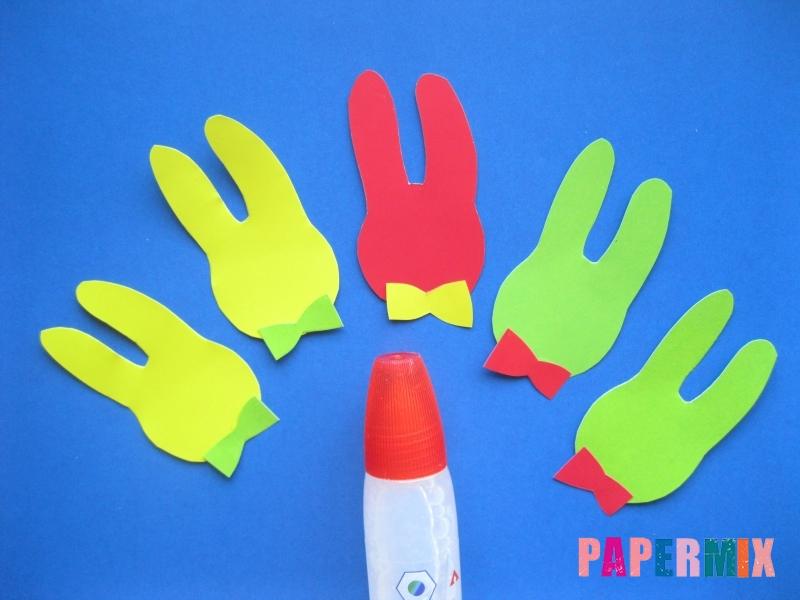 Как сделать гирлянду из бумажных зайчиков своими руками - шаг 3