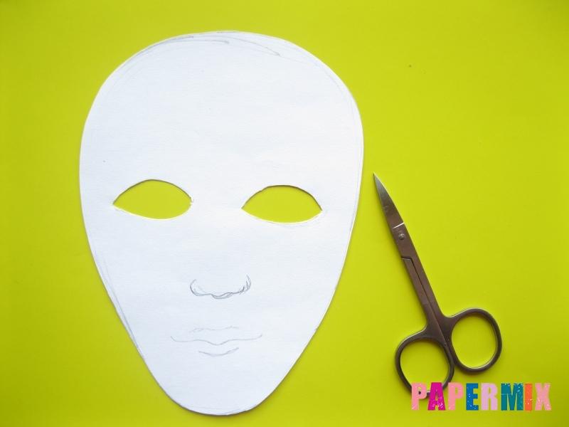 Как сделать маску мумии из бумаги на хэллоуин своими руками - шаг 4