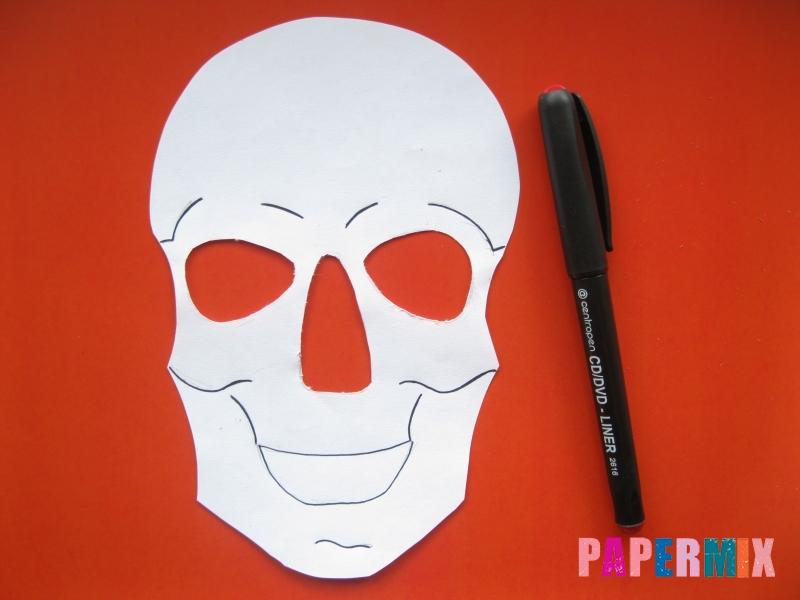 Как сделать маску скелета на хэллоуин из бумаги своими руками - шаг 6