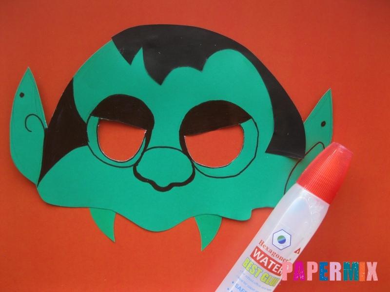Как сделать маску вампира на хэллоуин из бумаги - шаг 9