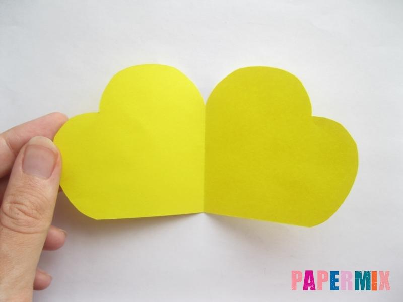 Как сделать объемную валентинку из бумаги своими руками - шаг 3