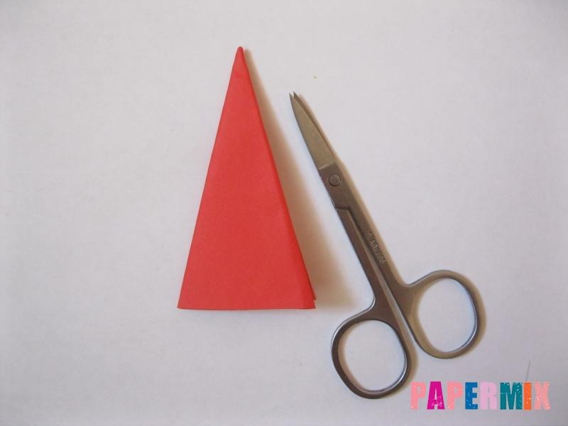 Как сделать снежинку из бумаги своими руками  - шаг 8