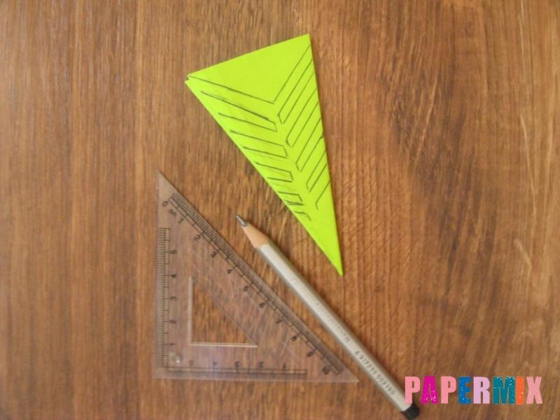 Как сделать снежинку из бумаги своими руками фото и видео - шаг 7