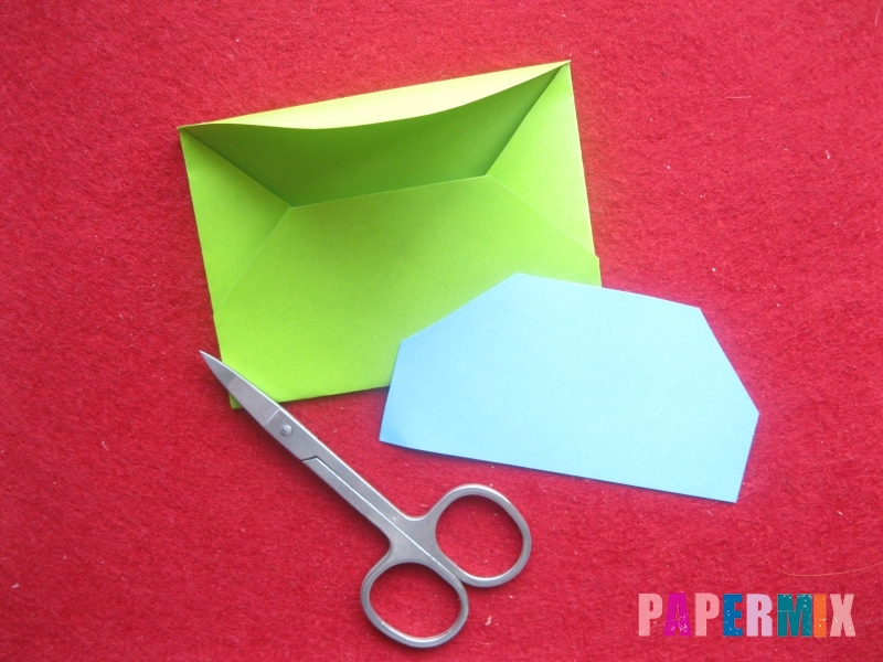 Конверт в виде Снегурочки из бумаги своими руками - шаг 10