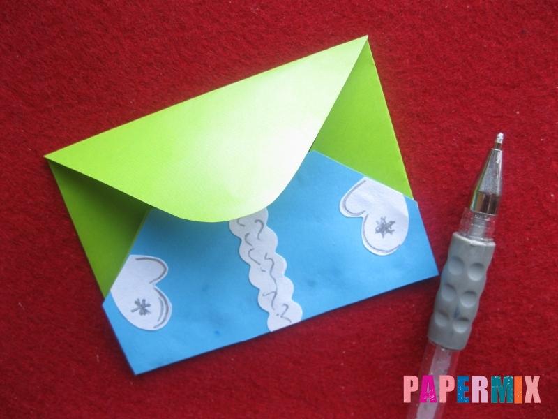 Конверт в виде Снегурочки из бумаги своими руками - шаг 14