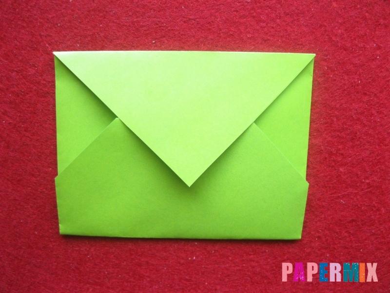Конверт в виде Снегурочки из бумаги своими руками - шаг 8