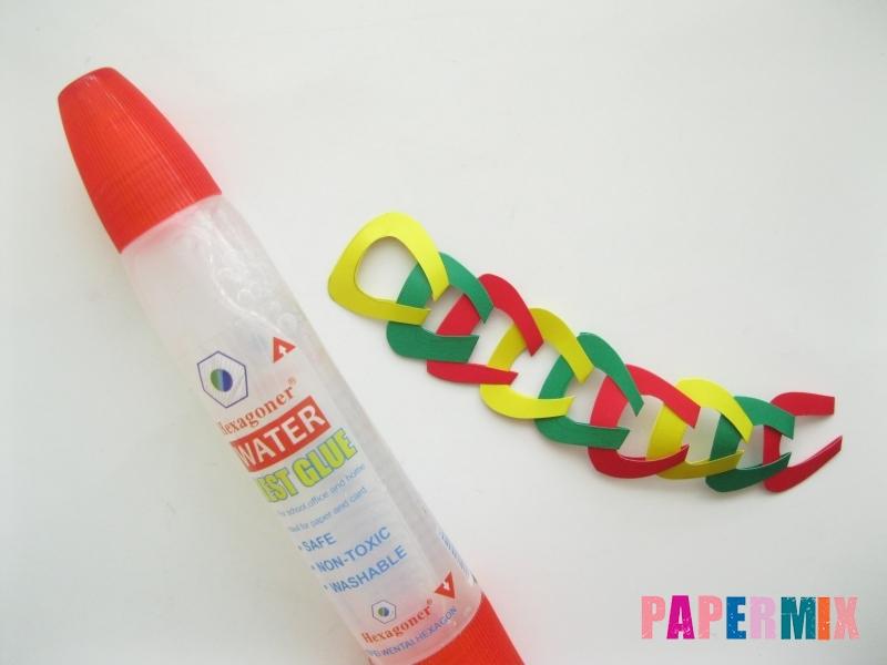Новогодняя гирлянда из разноцветных звеньев своими руками - шаг 10