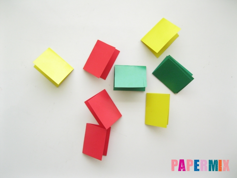 Новогодняя гирлянда из разноцветных звеньев своими руками - шаг 2
