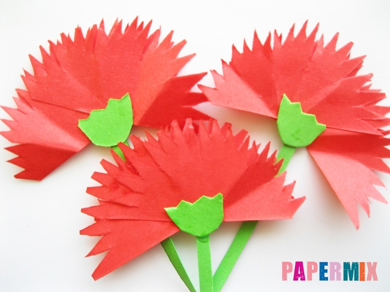 Как сделать гвоздику из цветной бумаги поэтапно - шаг 13