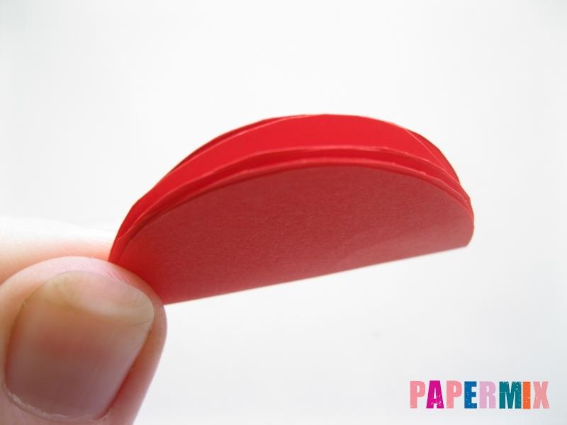 Как сделать гвоздику из цветной бумаги поэтапно - шаг 4