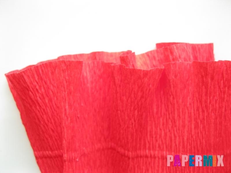 Как сделать гвоздику из гофрированной бумаги поэтапно - шаг 2