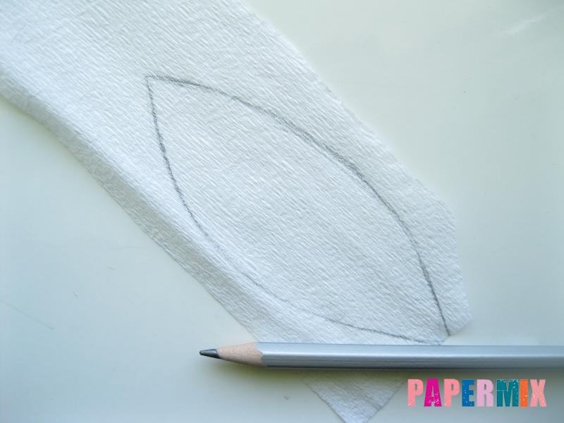 Как сделать лилию из гофрированной бумаги своими руками - шаг 1