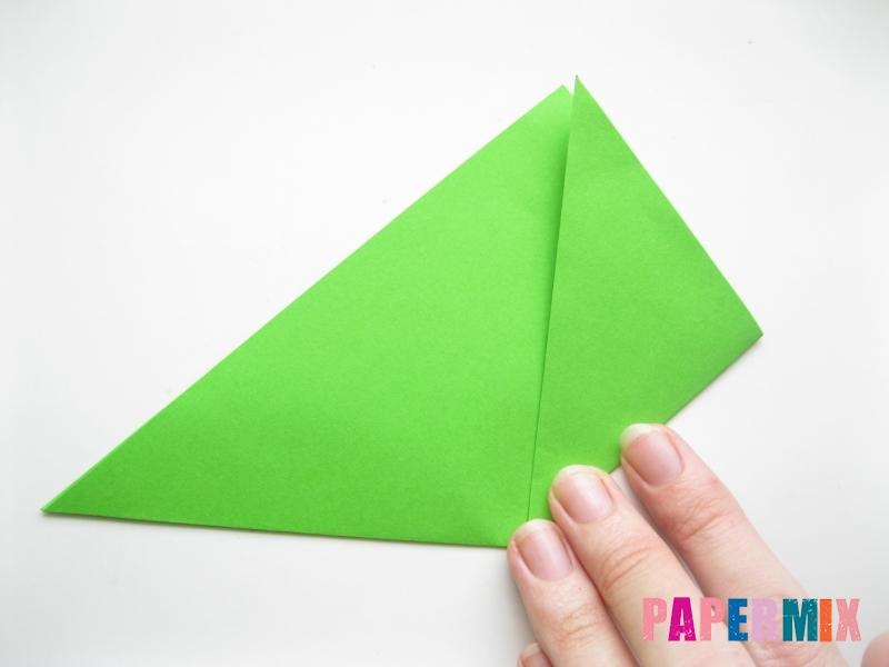 Как сделать листья из бумаги своими руками - шаг 3