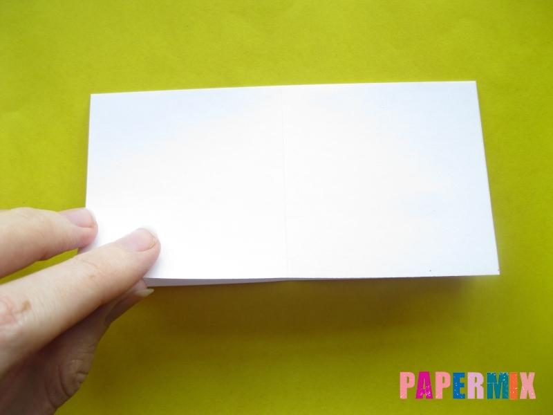 Как сделать розу из бумаги (оригами) поэтапно - шаг 1