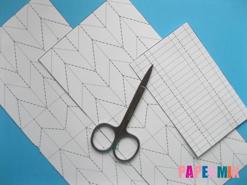 Как сделать галстук бабочку из бумаги своими руками - шаг 1