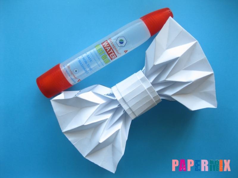 Как сделать галстук бабочку из бумаги своими руками - шаг 14