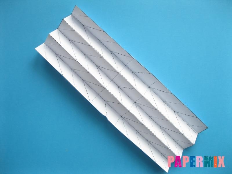 Как сделать галстук бабочку из бумаги своими руками - шаг 3
