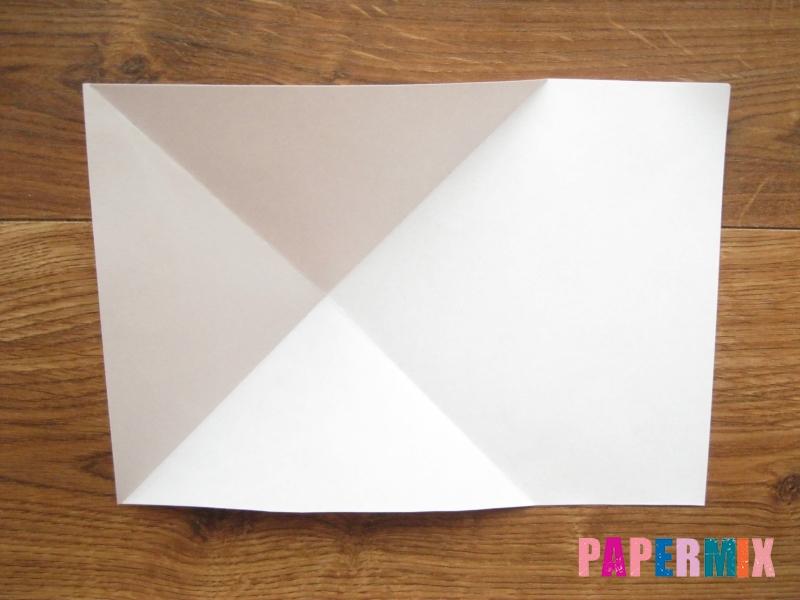 Как сделать кепку с козырьком из бумаги своими руками - шаг 4
