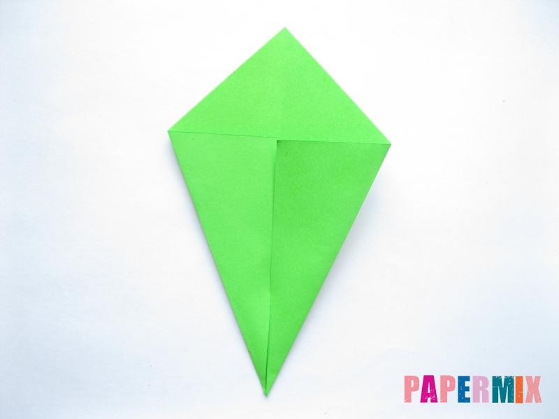 Как сделать ромб из бумаги (оригами) поэтапно - шаг 4