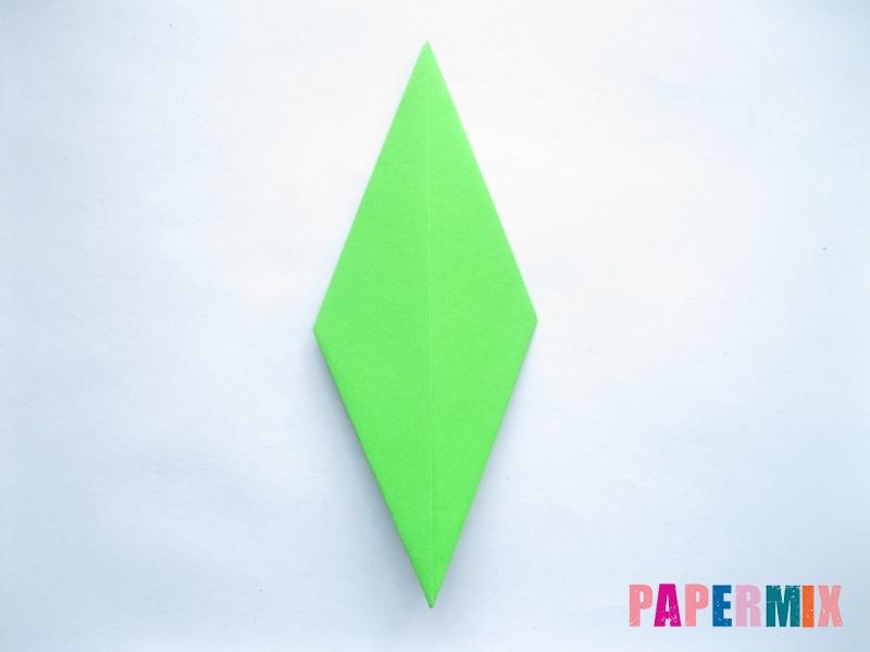 Как сделать ромб из бумаги (оригами) поэтапно - шаг 6