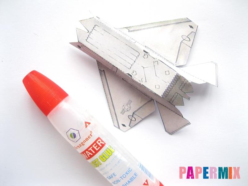 Как сделать самолет F-22 Lightning II из бумаги своими руками - шаг 2