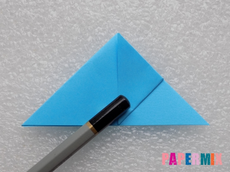 Как сделать ракету из бумаги поэтапно - шаг 6