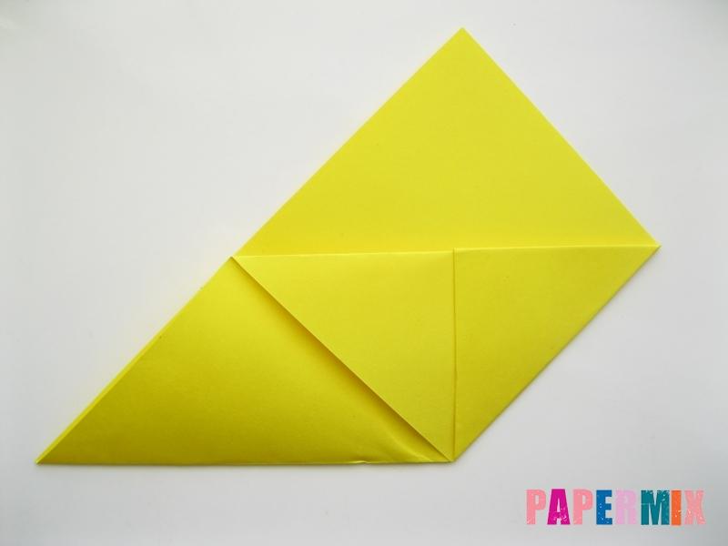 Как сделать закладку для книг в виде миньона из бумаги - шаг 7