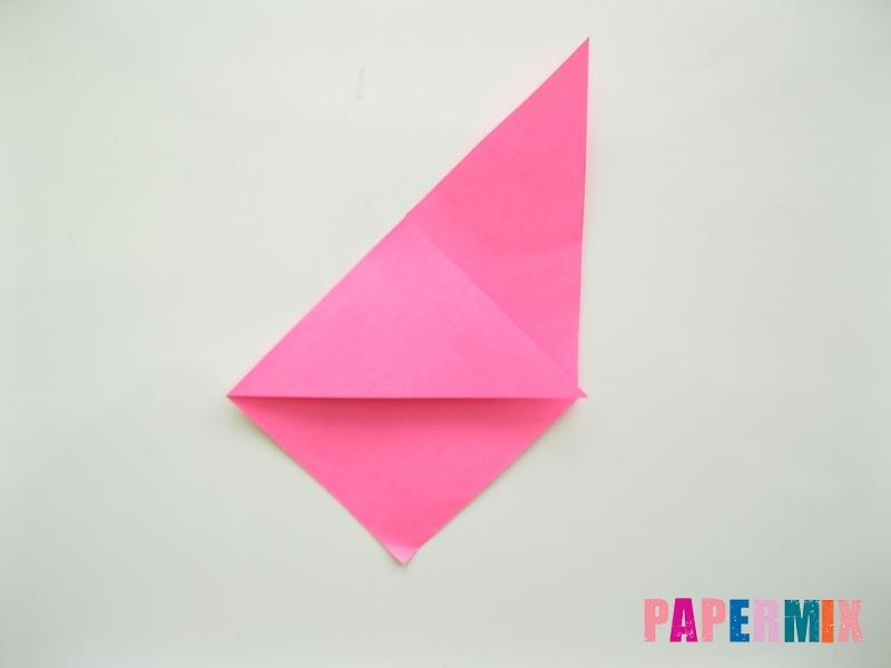Как сделать закладку в форме зубастого монстра из бумаги - шаг 5