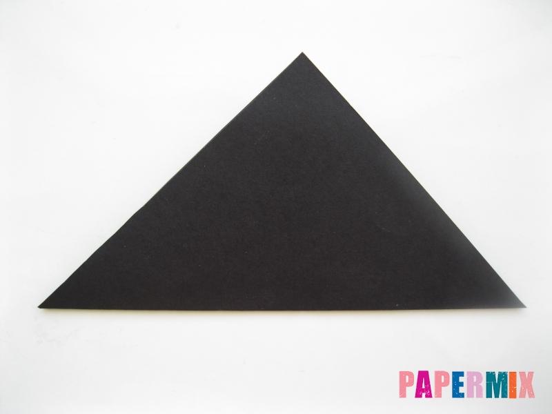 Как сделать закладку в виде пингвина из бумаги поэтапно - шаг 2