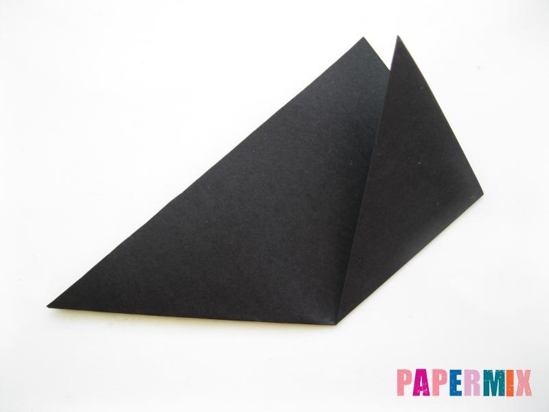 Как сделать закладку в виде пингвина из бумаги поэтапно - шаг 3